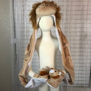 Other - Lion hat/mittens/scarf